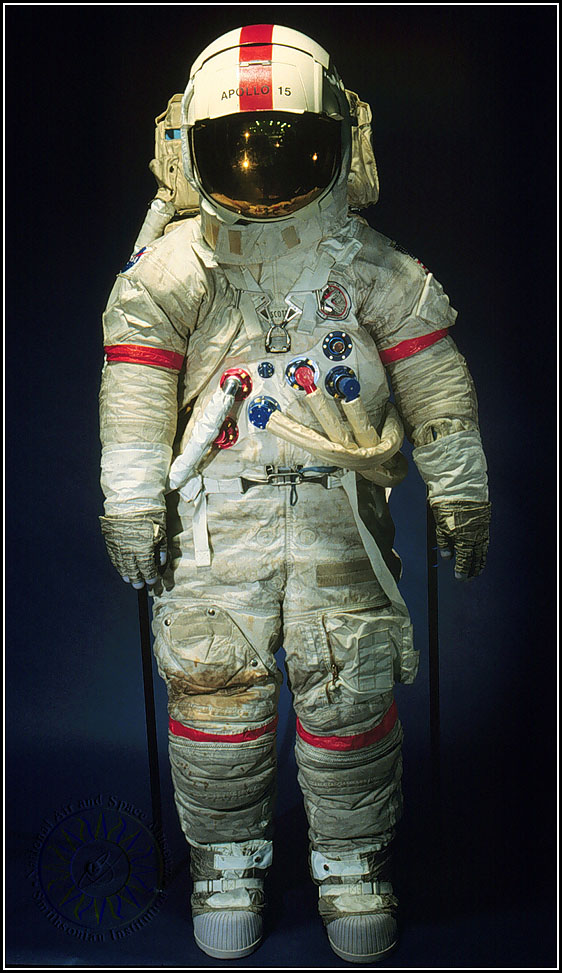 weight of apollo space suit - photo #12