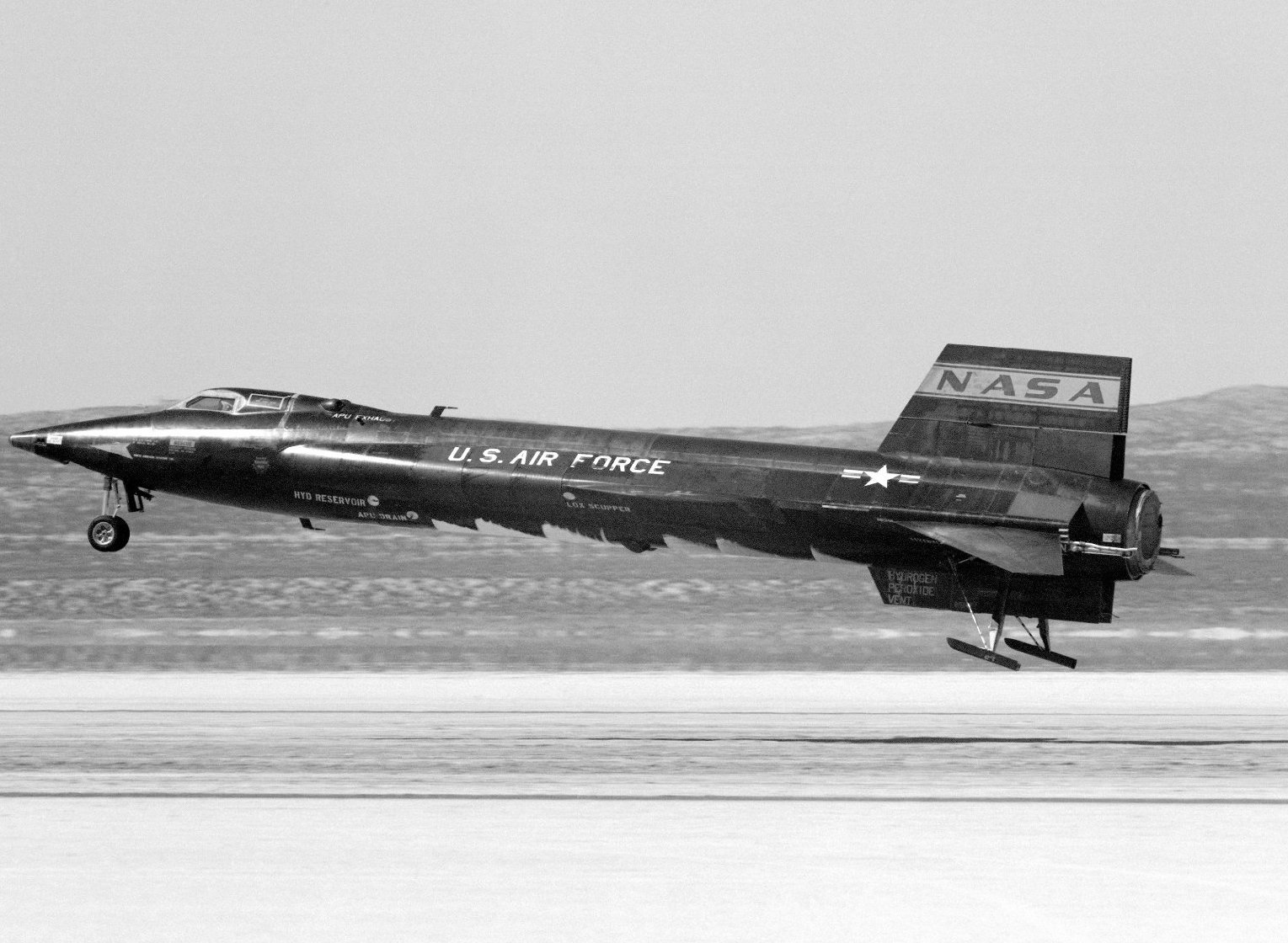 The X-15 slides to a stop, using it's large extendable skids.