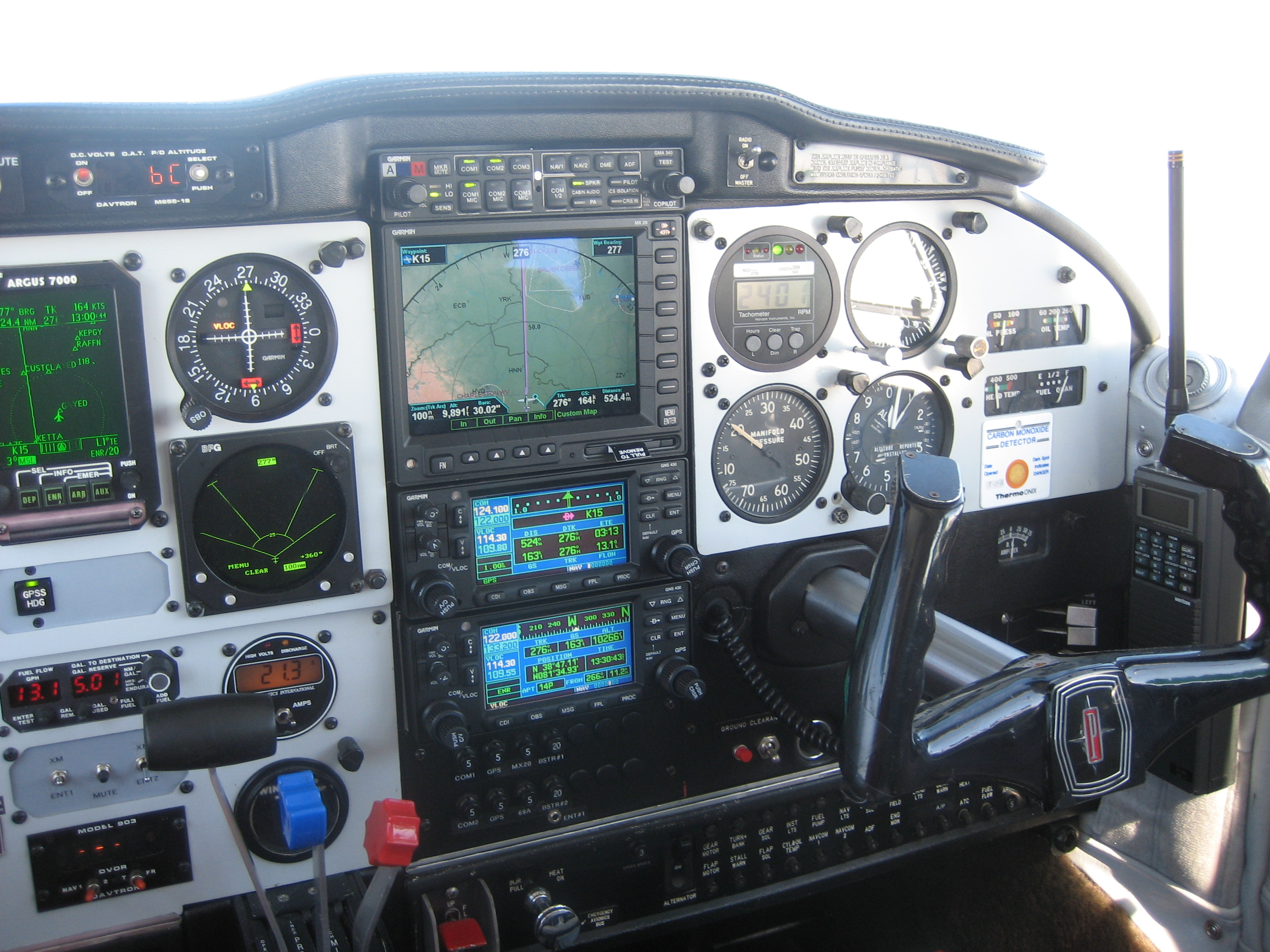 Piper Comanche Cockpit