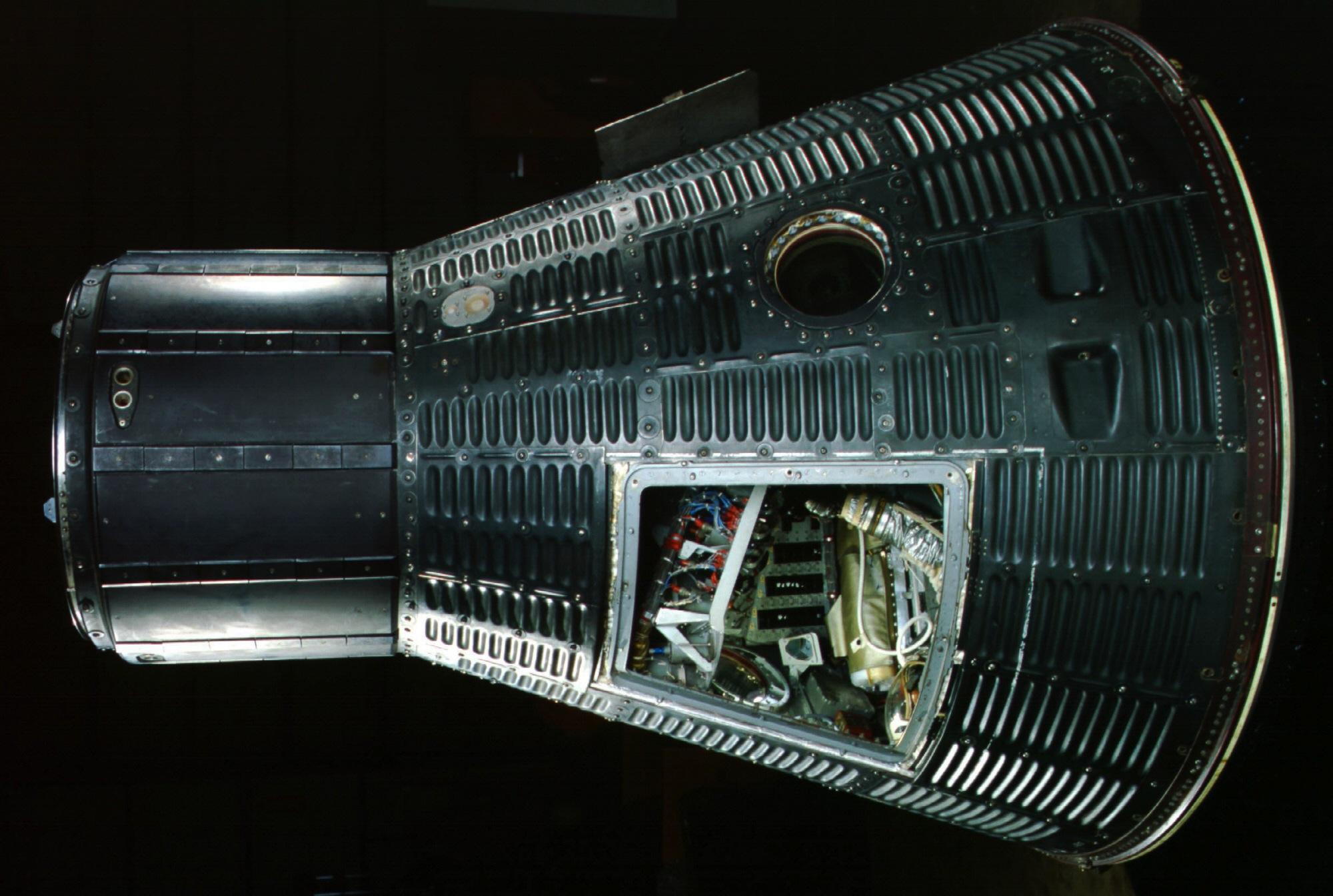Capsule, Mercury, MR-3 | National Air and Space Museum