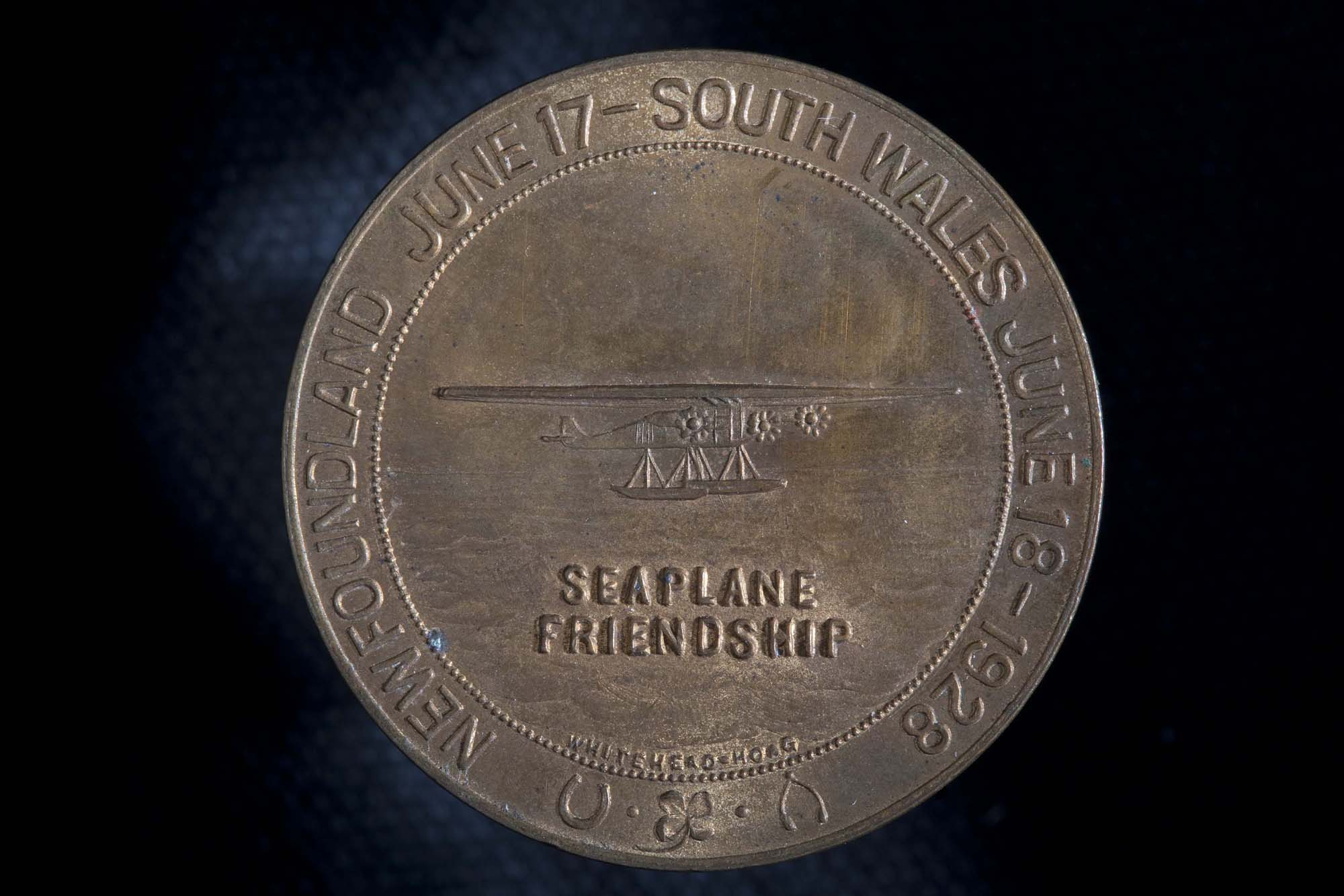 Amelia Earhart First Woman to Cross the Atlantic by Airplane Medal (Back)