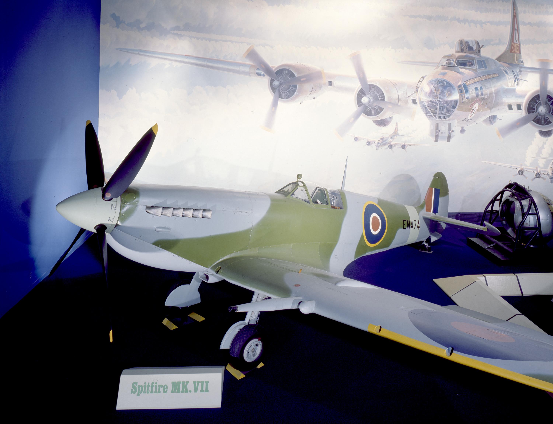 Supermarine Spitfire F.Mk.VII