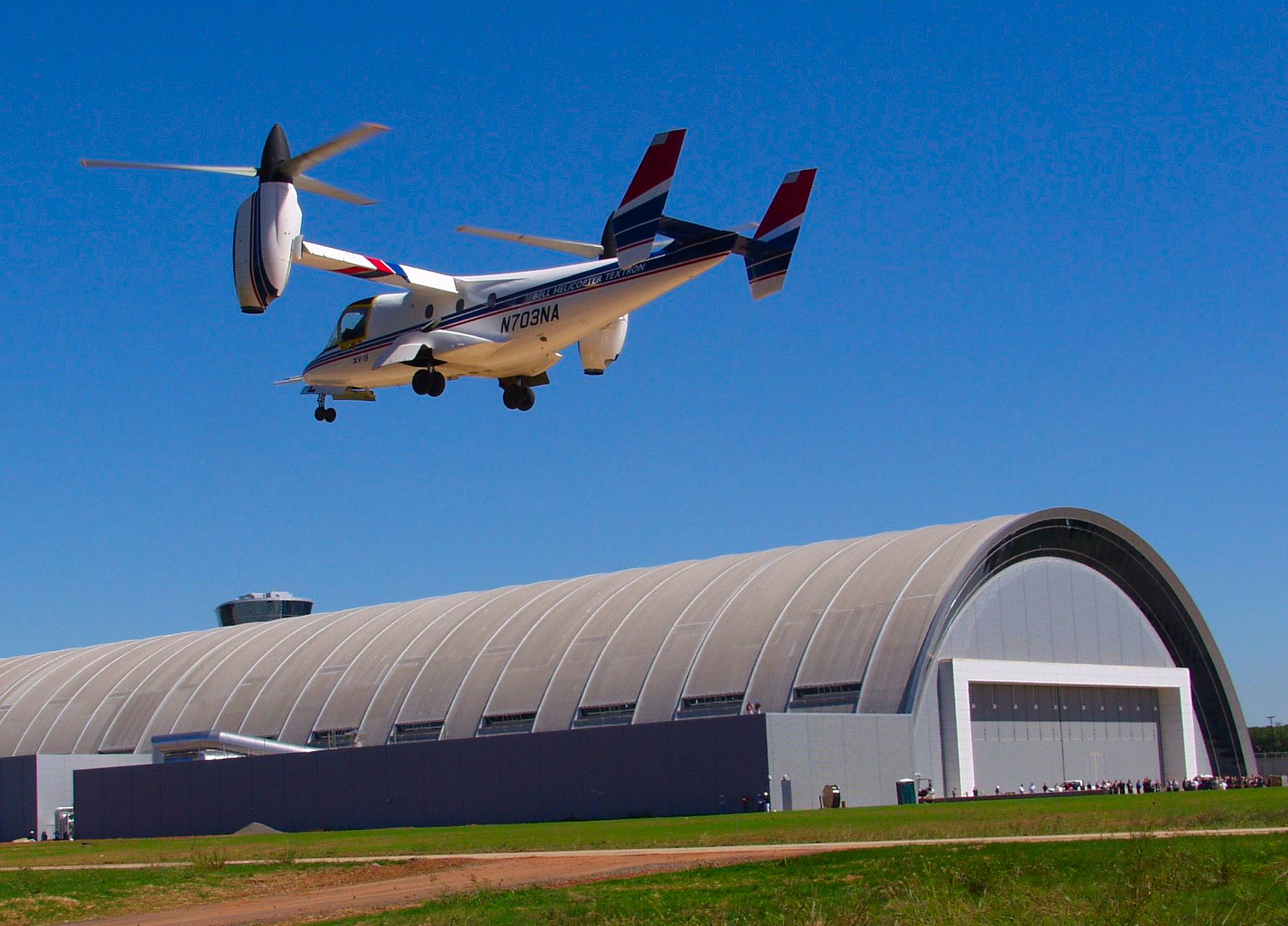 Bell XV-15 Tilt Rotor Lands at Udvar-Hazy Center