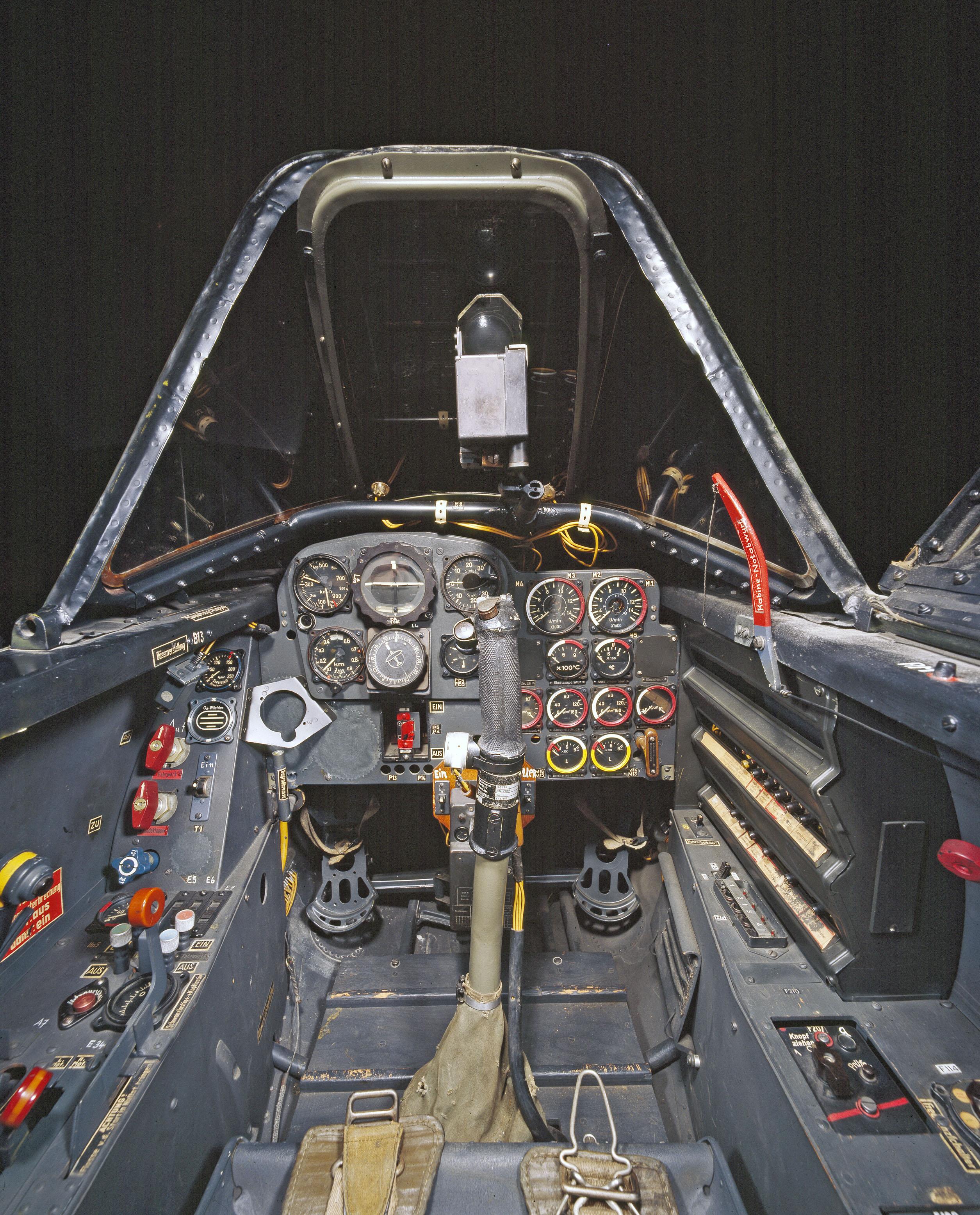 me 262 cockpit coloring pages - photo#19