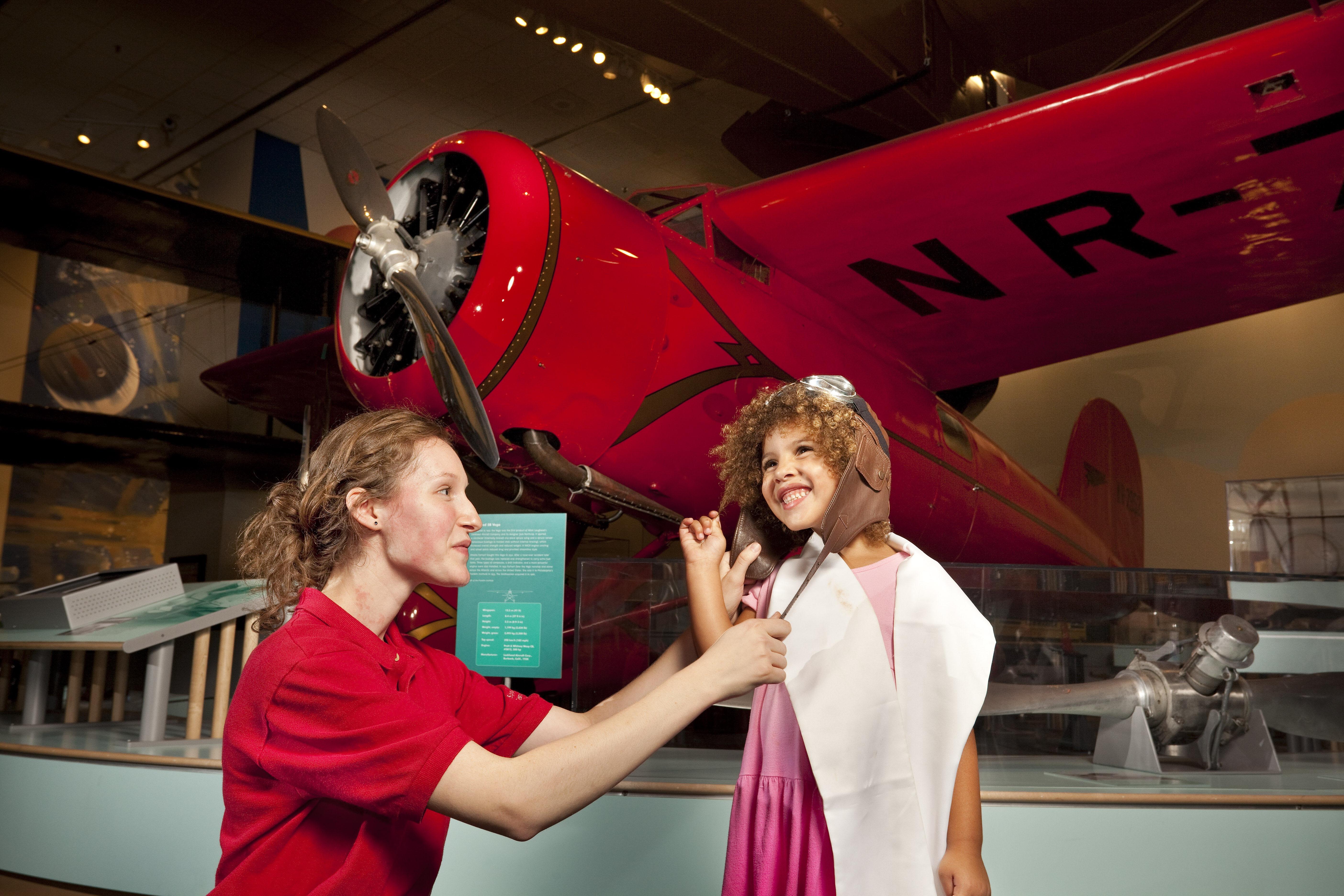 Barron Hilton Pioneers of Flight Gallery