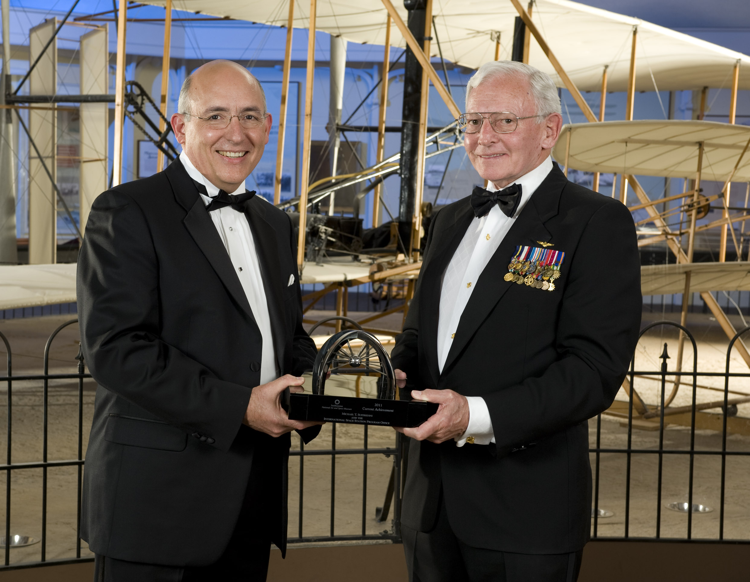 Trophy Current Achievement Winner 2011 - Michael Suffredini