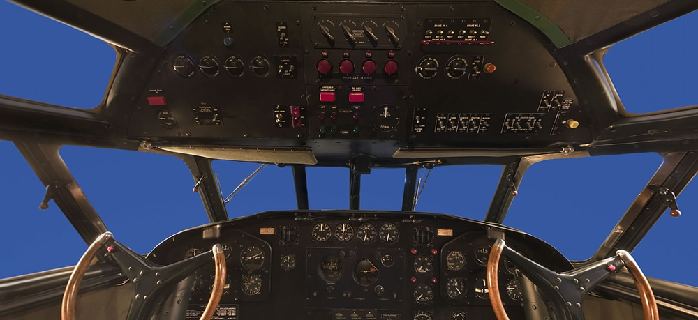 Boeing 307 Stratoliner Panorama