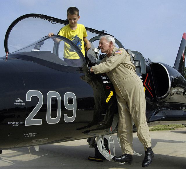 Become a Pilot Family Day and Aviation Display