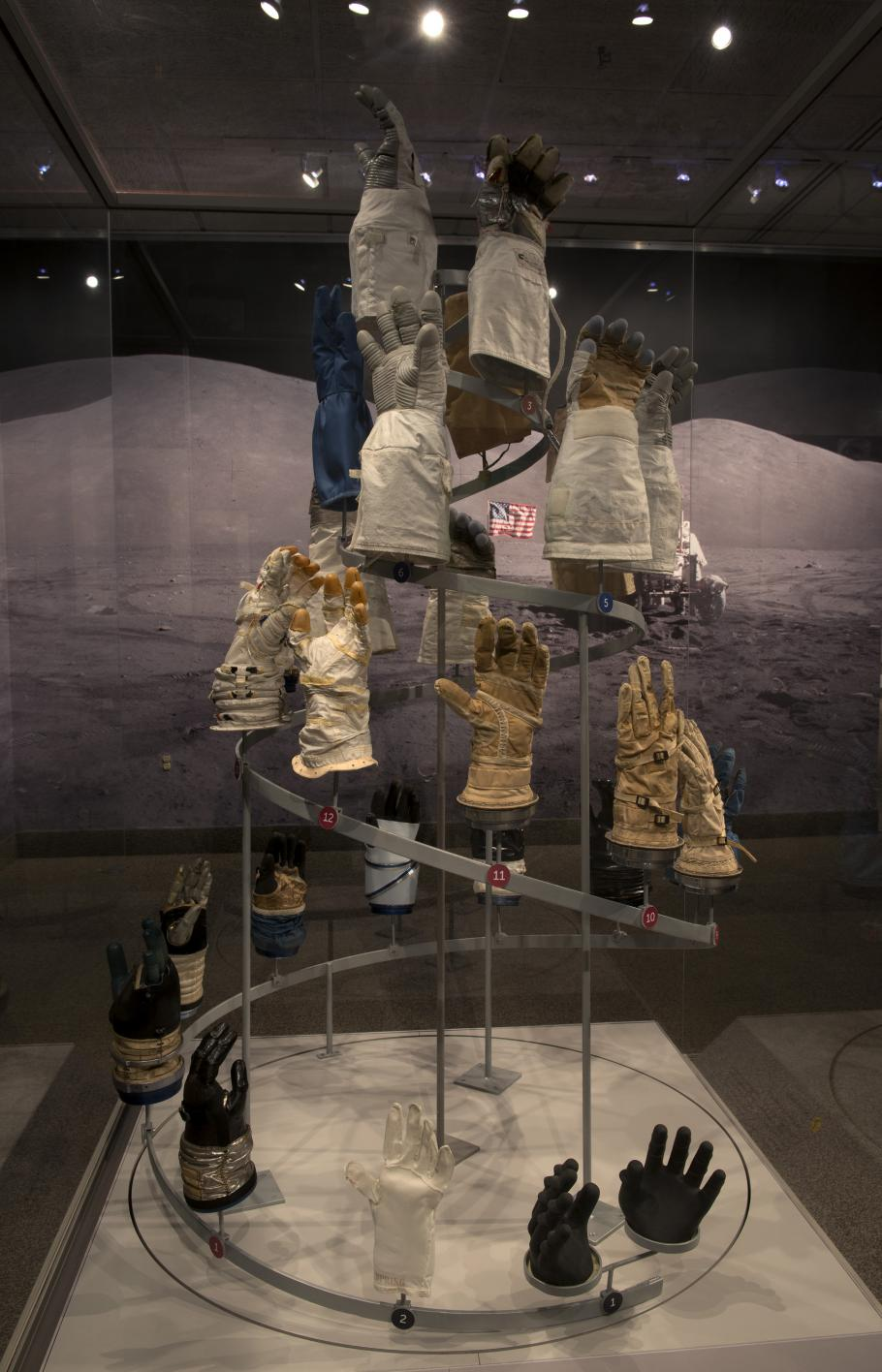 """Glove Display in \""""Outside the Spacecraft\"""""""