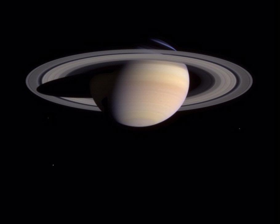 Spots on Saturn