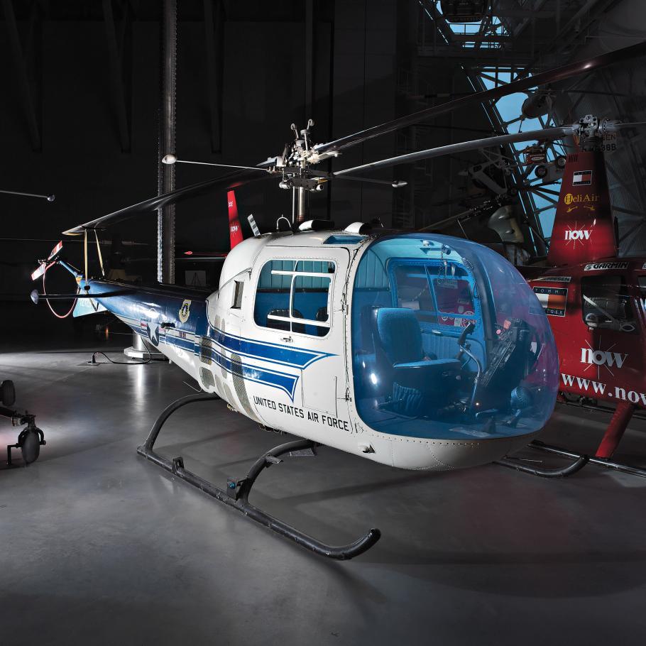 Bell H-13J at the Udvar-Hazy Center