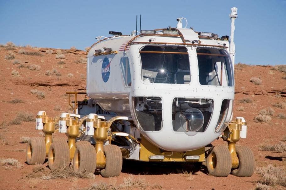 Lunar Electric Rover (LER) Small Pressurized Rover (SPR) Configuration