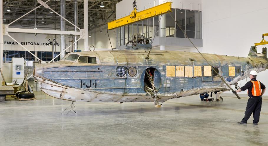 Sikorsky JRS-1 Arrival at Udvar-Hazy Center