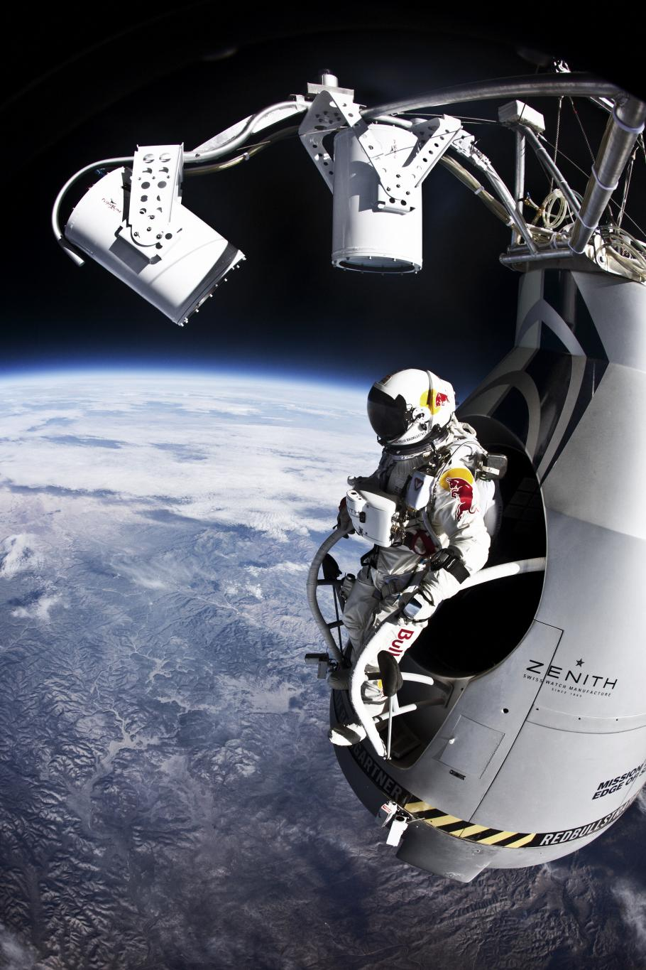 Red Bull Stratos - Manned Flight Two: Felix Baumgartner