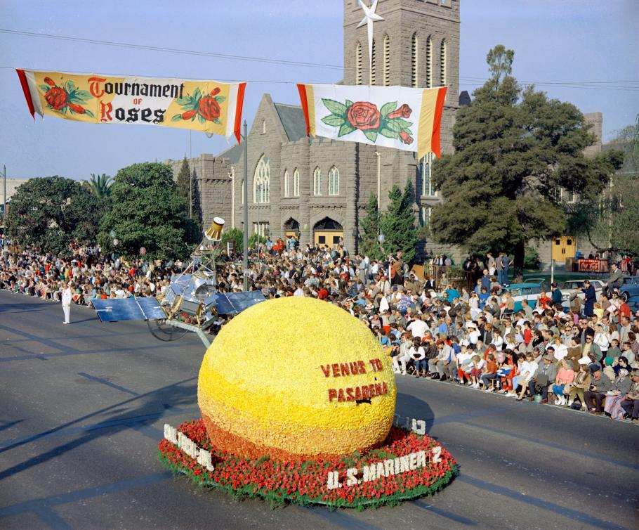 Venus of Pasadena Rose Bowl float
