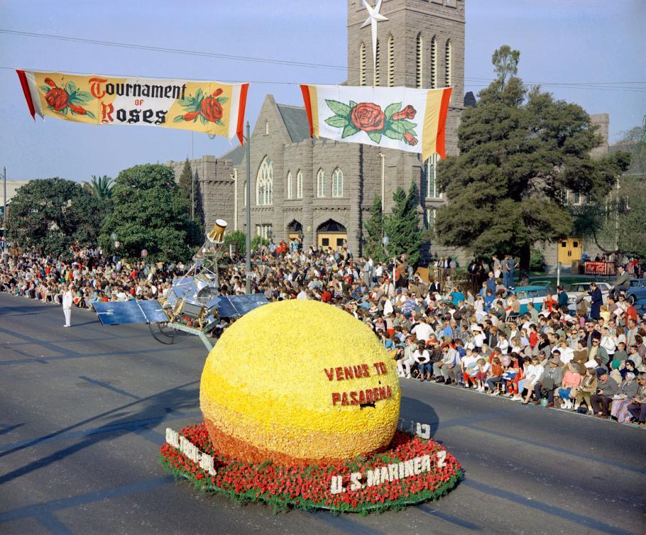 Venus of Pasadena Rose Bowl float