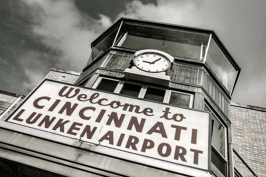Cincinnati Municipal Airport-Lunken Field