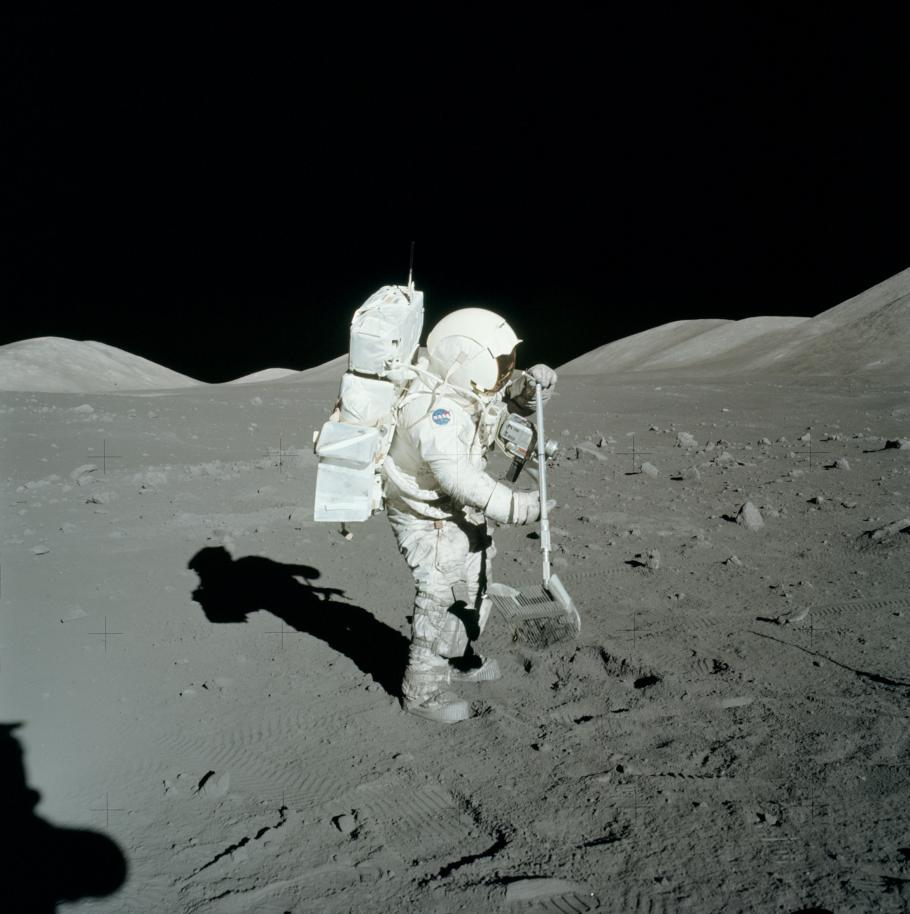 Apollo Schmitt on Moon
