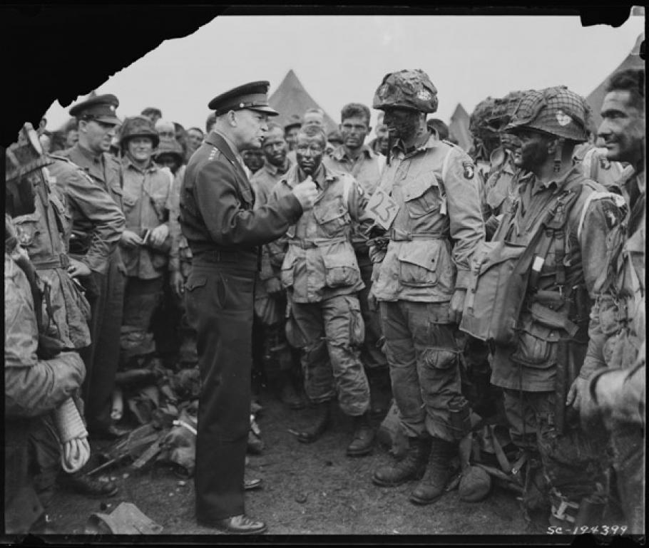 Eisenhower with 101st Airborne Divison