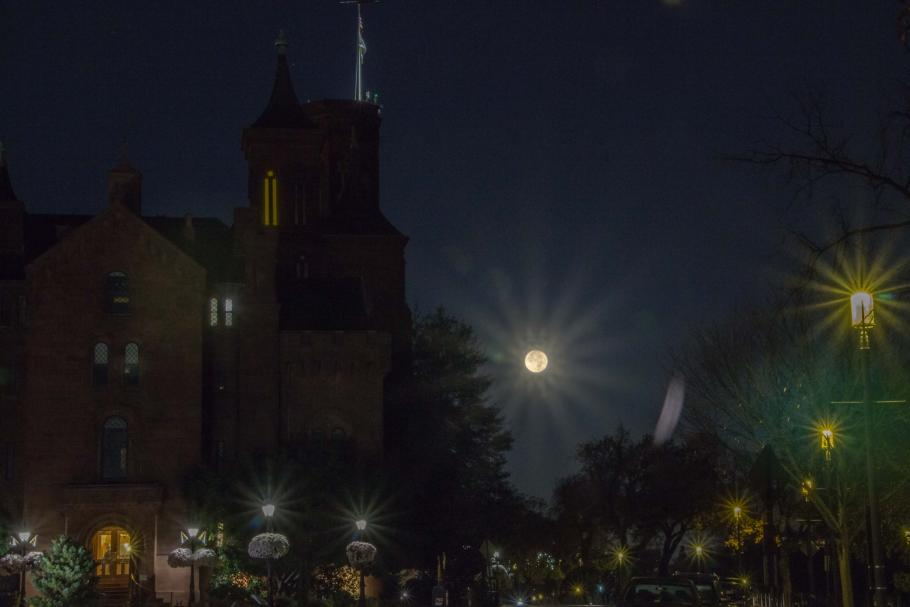 Image of Moon at night over the Smithsonian's Castle