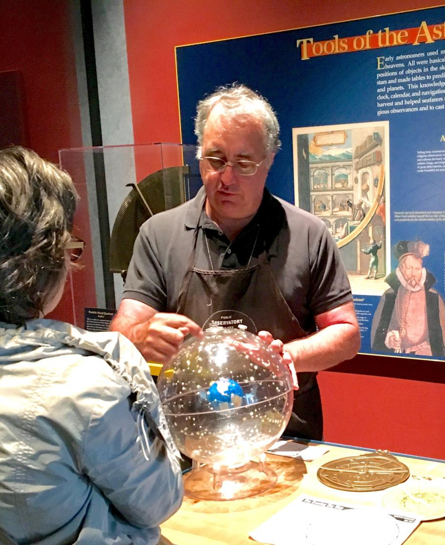 Kevin Beamer volunteering at one of the Museum's Discovery Stations.