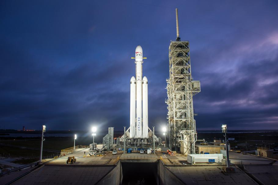 Falcon Heavy on the launch pad for its demo mission, December 28, 2017.
