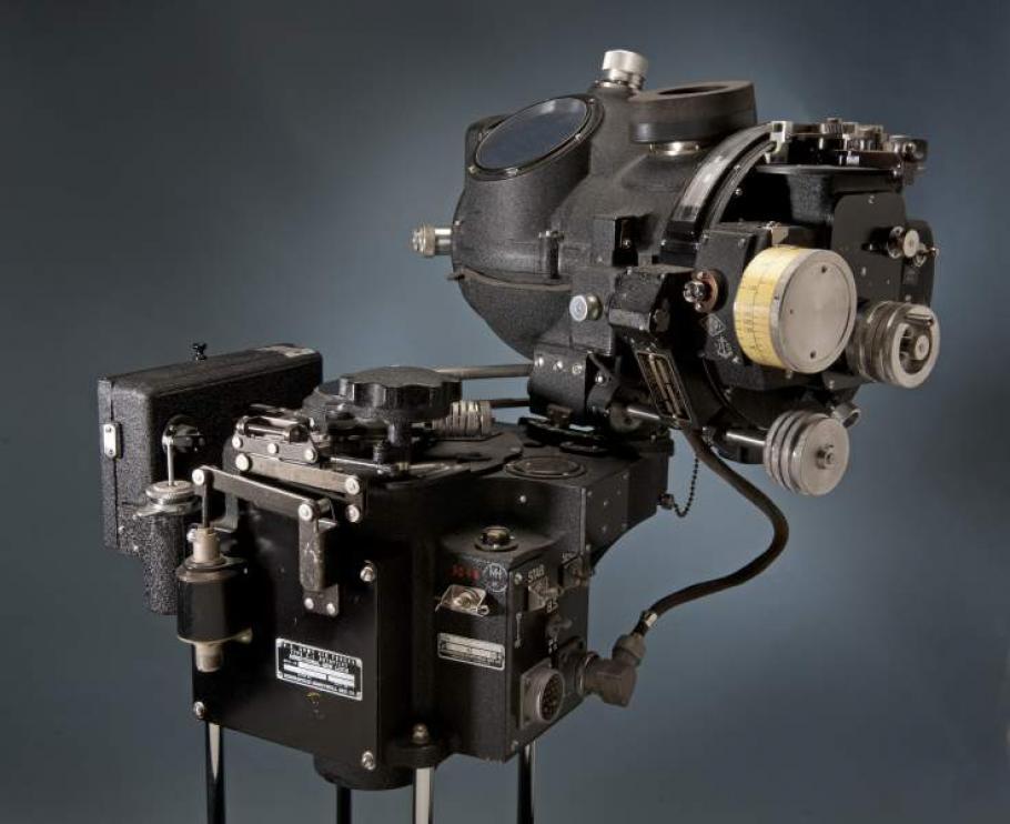 Stabilizing Unit, Bombsight, Norden, M-9
