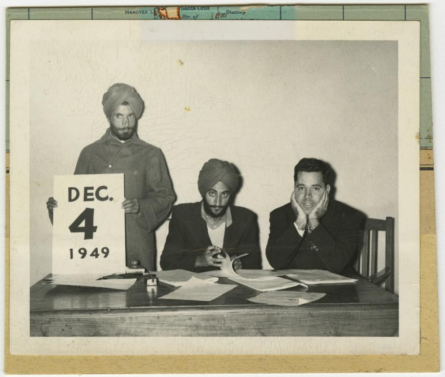 Original Photo Lanphier with two men in Delhi