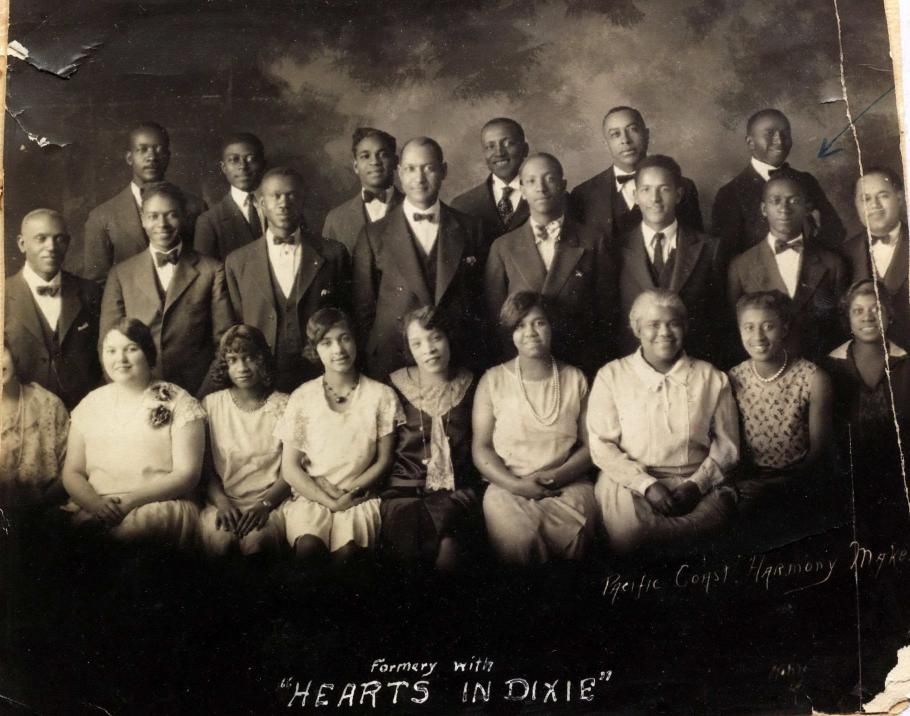 Group photo of Pacific Coast Harmony Makers
