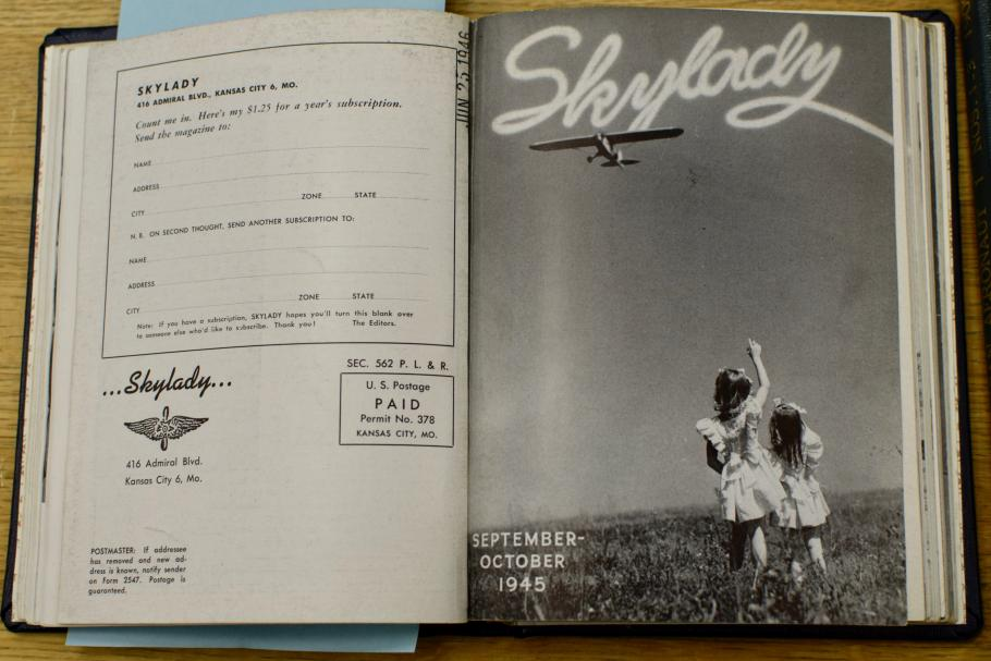 Inside the Magazine Skylady