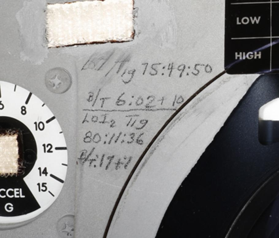 Markings on Apollo 11 capsule