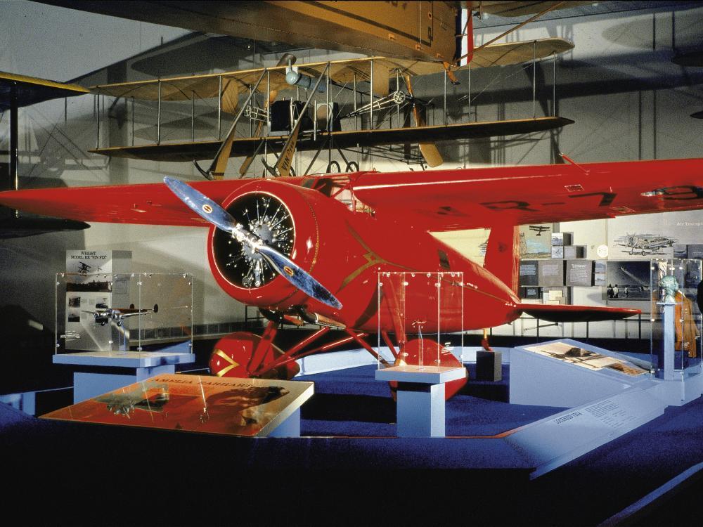 Lockheed 5B Vega in Pioneers of Flight