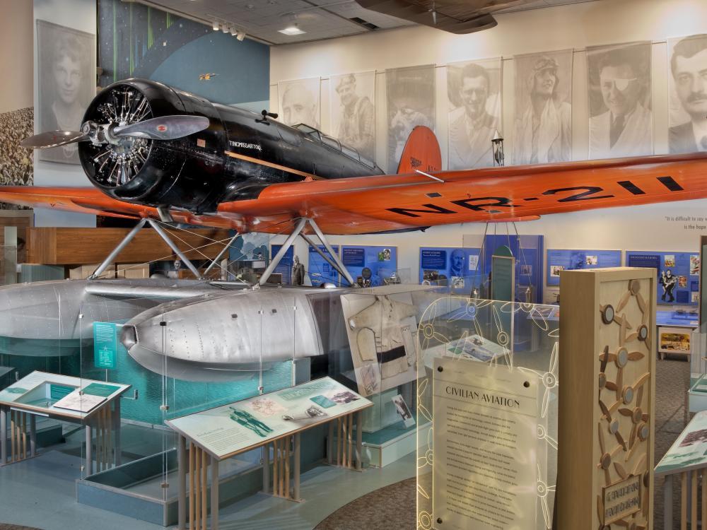 "Lockheed Model 8 Sirius ""Tingmissartoq"""