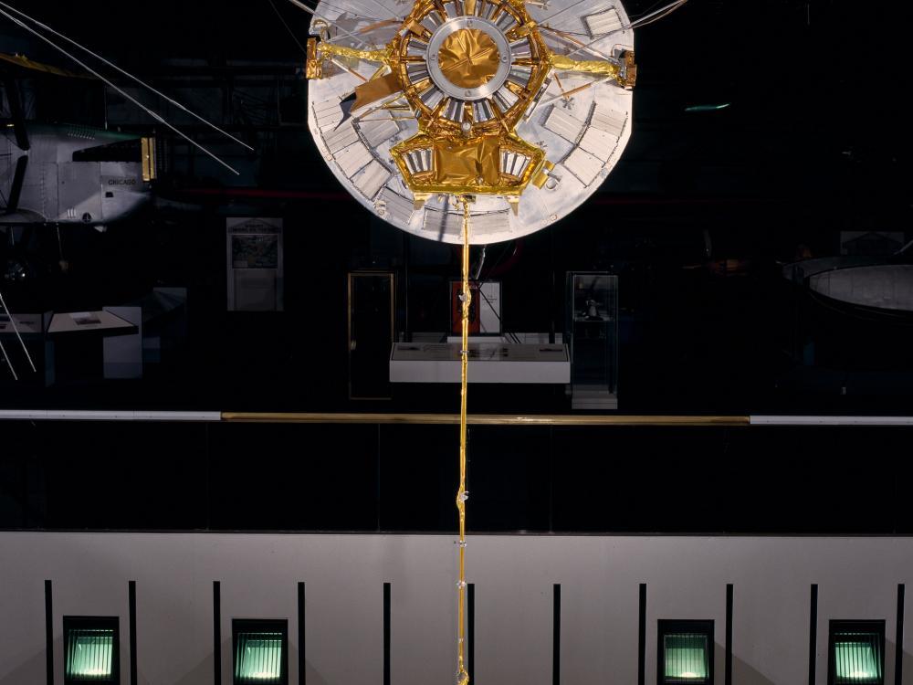Pioneer 10 replica