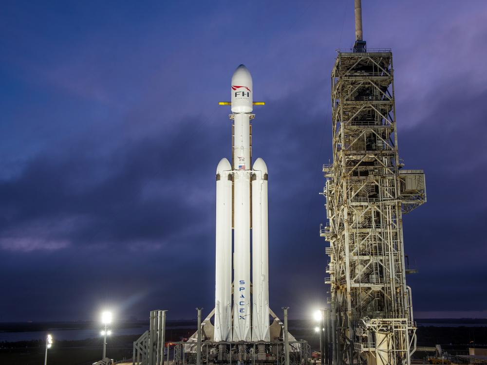 Falcon Heavy on the lanch pad for its demo mission, December 28, 2017