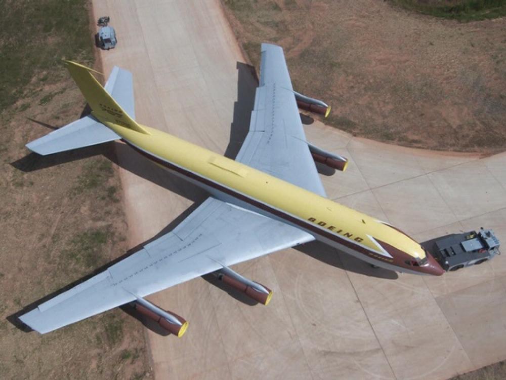 Boeing 367-80 Moving to the Steven F Udvar-Hazy Center