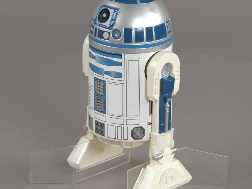 A photo of the R2-D2 action figure issued for The Empire Strikes Back.