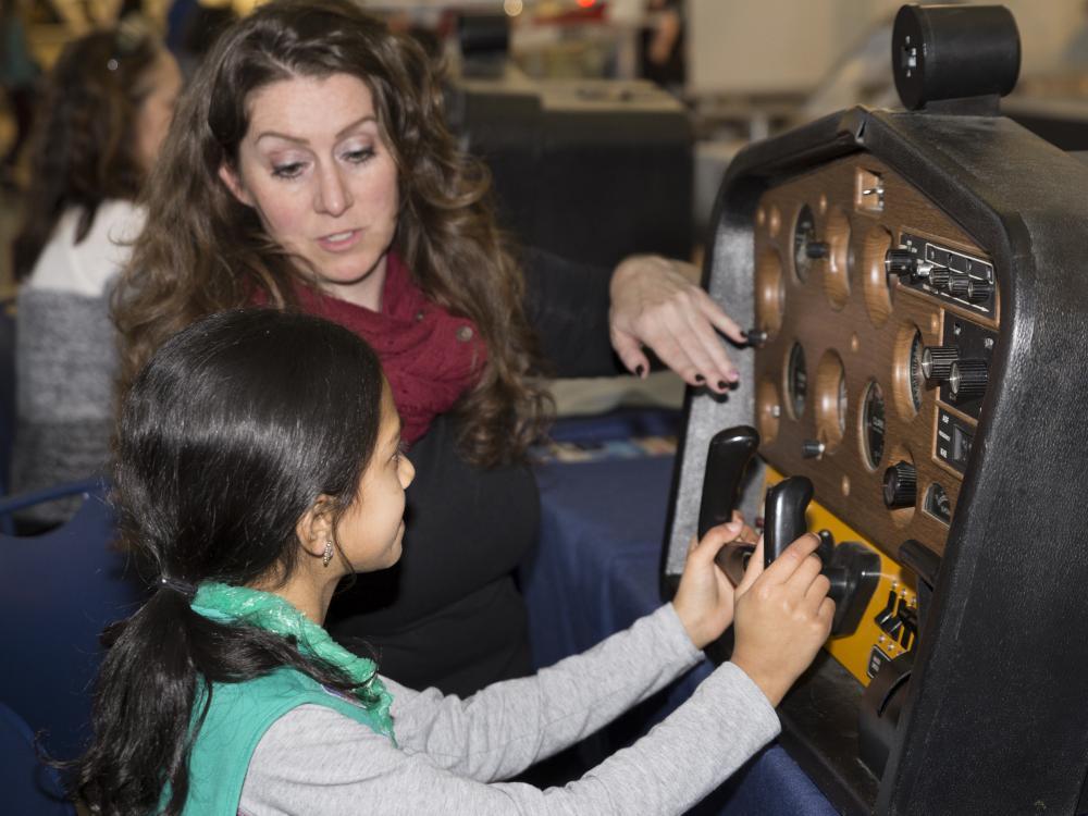 Student Uses Flight Simulator