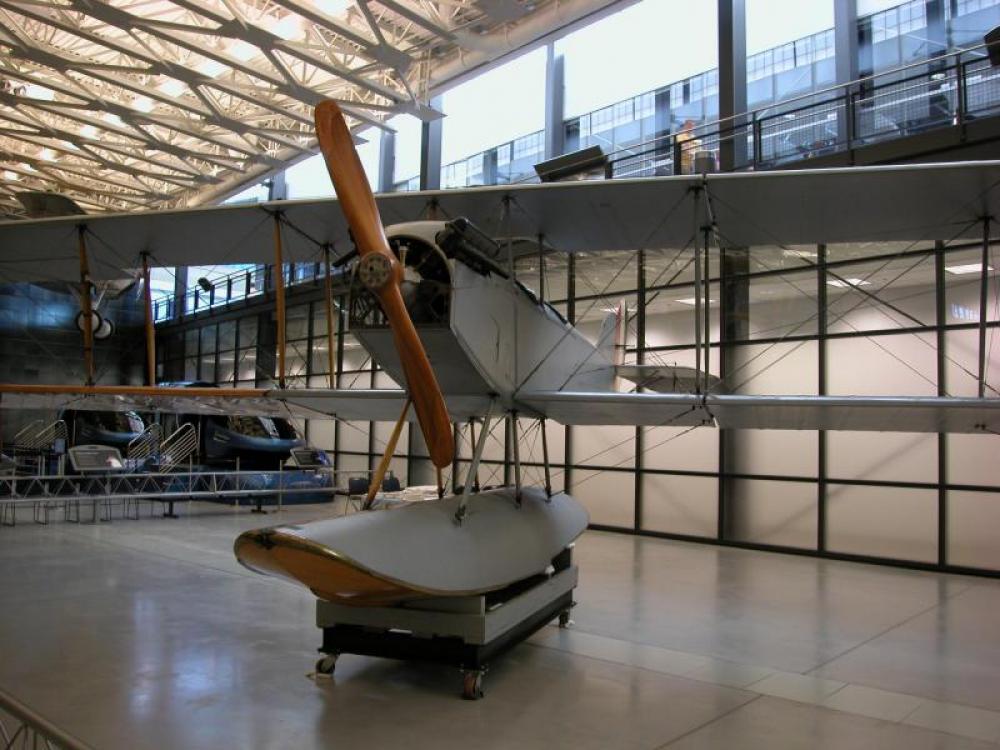 The Curtiss N-9H: A Revolutionary Naval Aircraft
