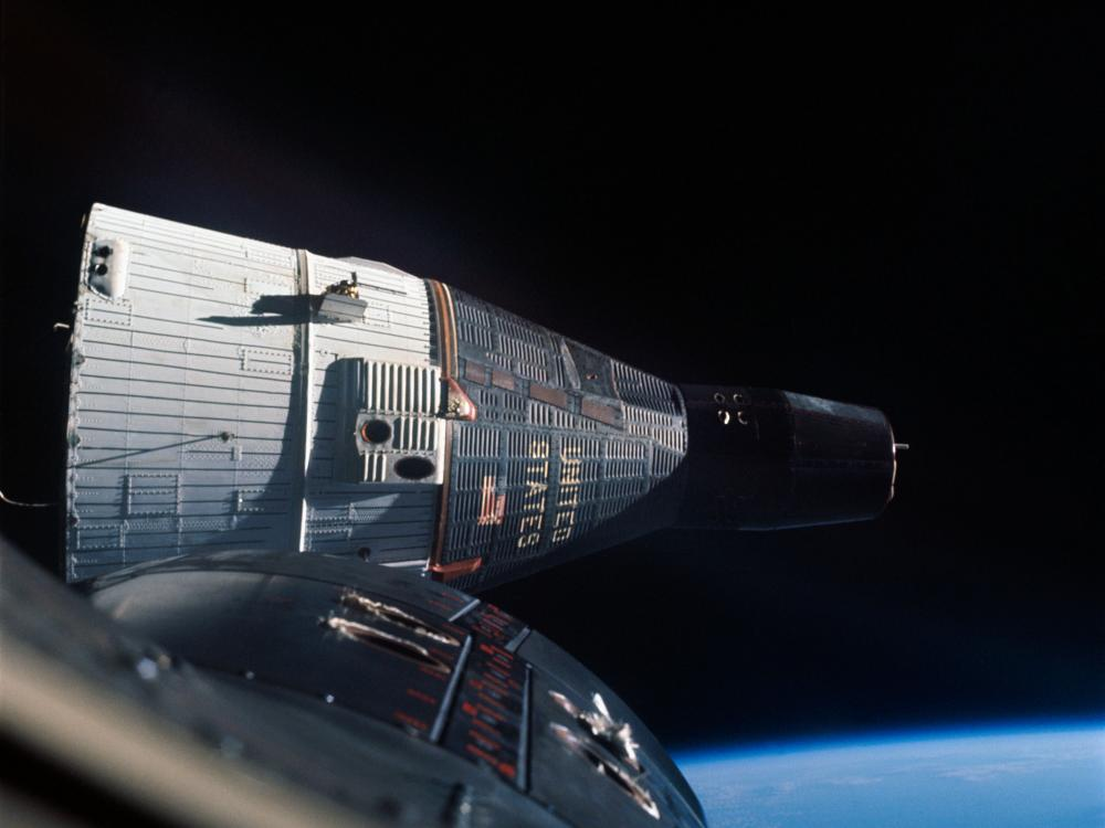 First rendezvous in space between Gemini VI-A and Gemini VII