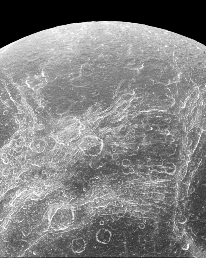 Chasms on Dione