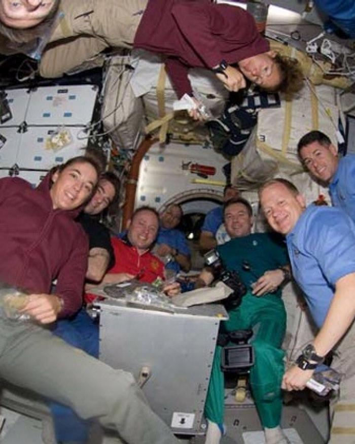 2008 ISS Thanksgiving