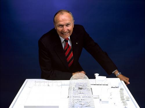 Director Donald Engen
