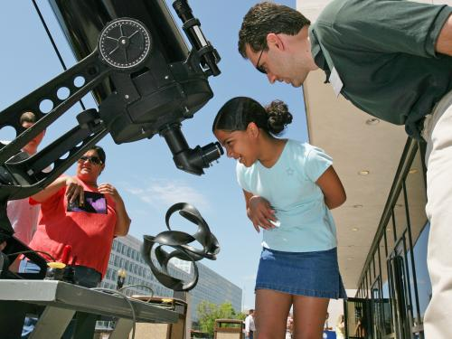 Astronomical Observing at the National Mall Building