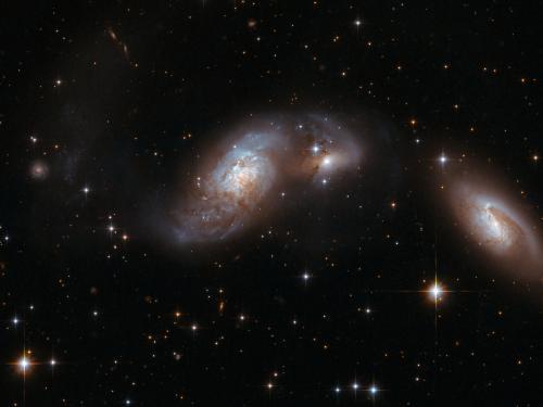 Hubble Interacting Galaxy IC 4687
