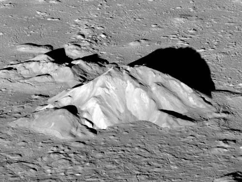 Image of the central peak of Tycho Crater on the Moon.