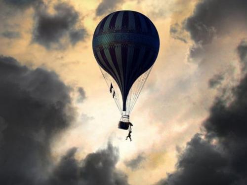 The Aeronauts Brings the Bravado of Balloon Flight to the Big Screen
