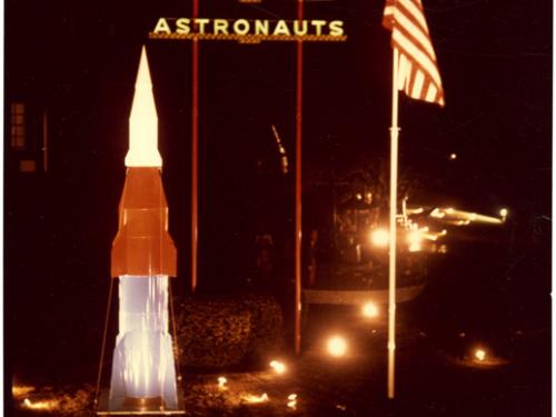Merry Christmas Astronauts