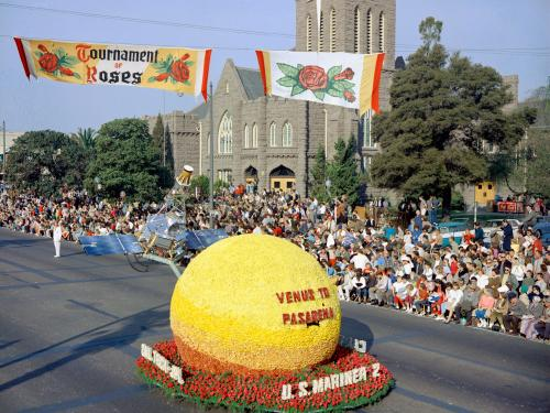 The Venus of Pasadena Rose Bowl float