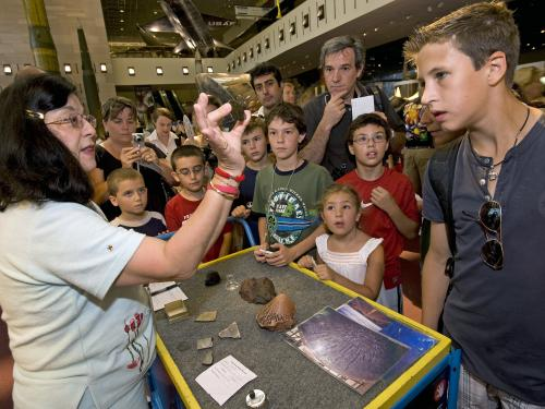 Visitors Discover Meteorites at Mars Day!